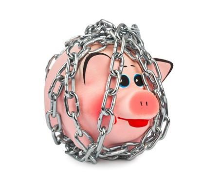 low interest rates lock poor into being poor
