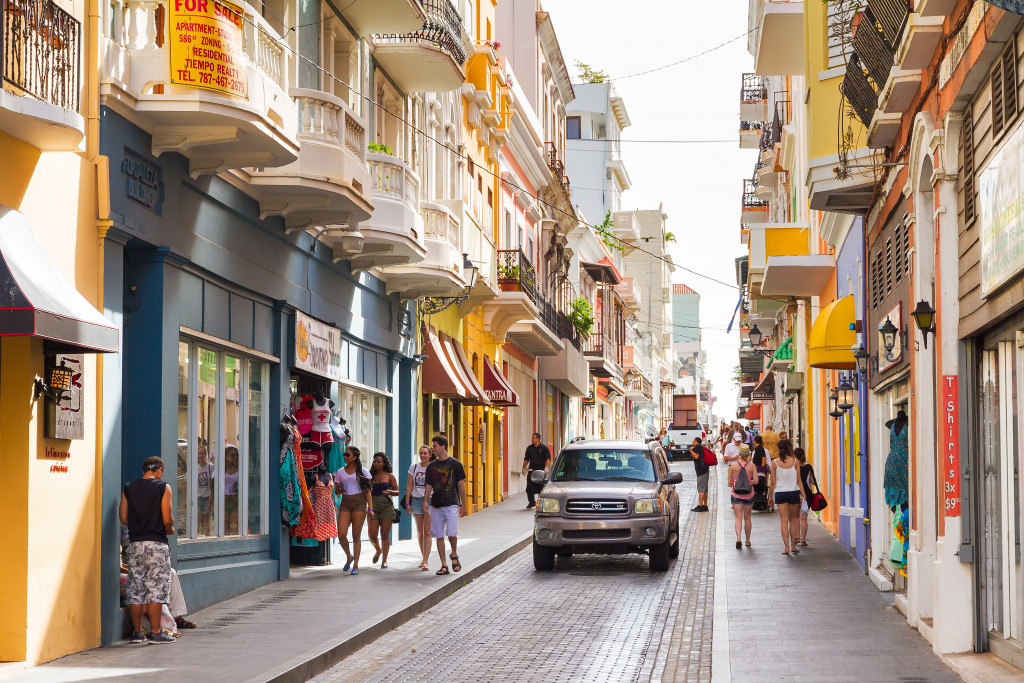 San Juan, Puerto Rico: People shopping in the main street in San Juan, Puerto Rico style=